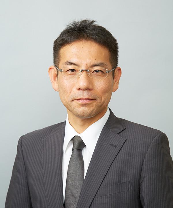 代表取締役社長 岡本行生